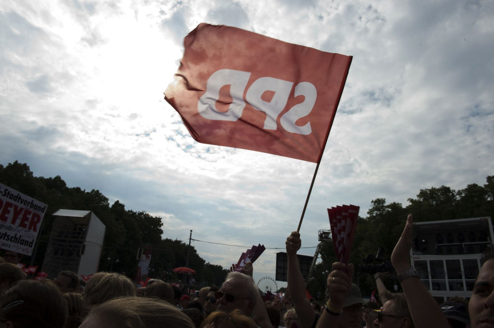TOPSHOTS-GERMANY-POLITICS-ELECTION-SPD-STEINBRUECK
