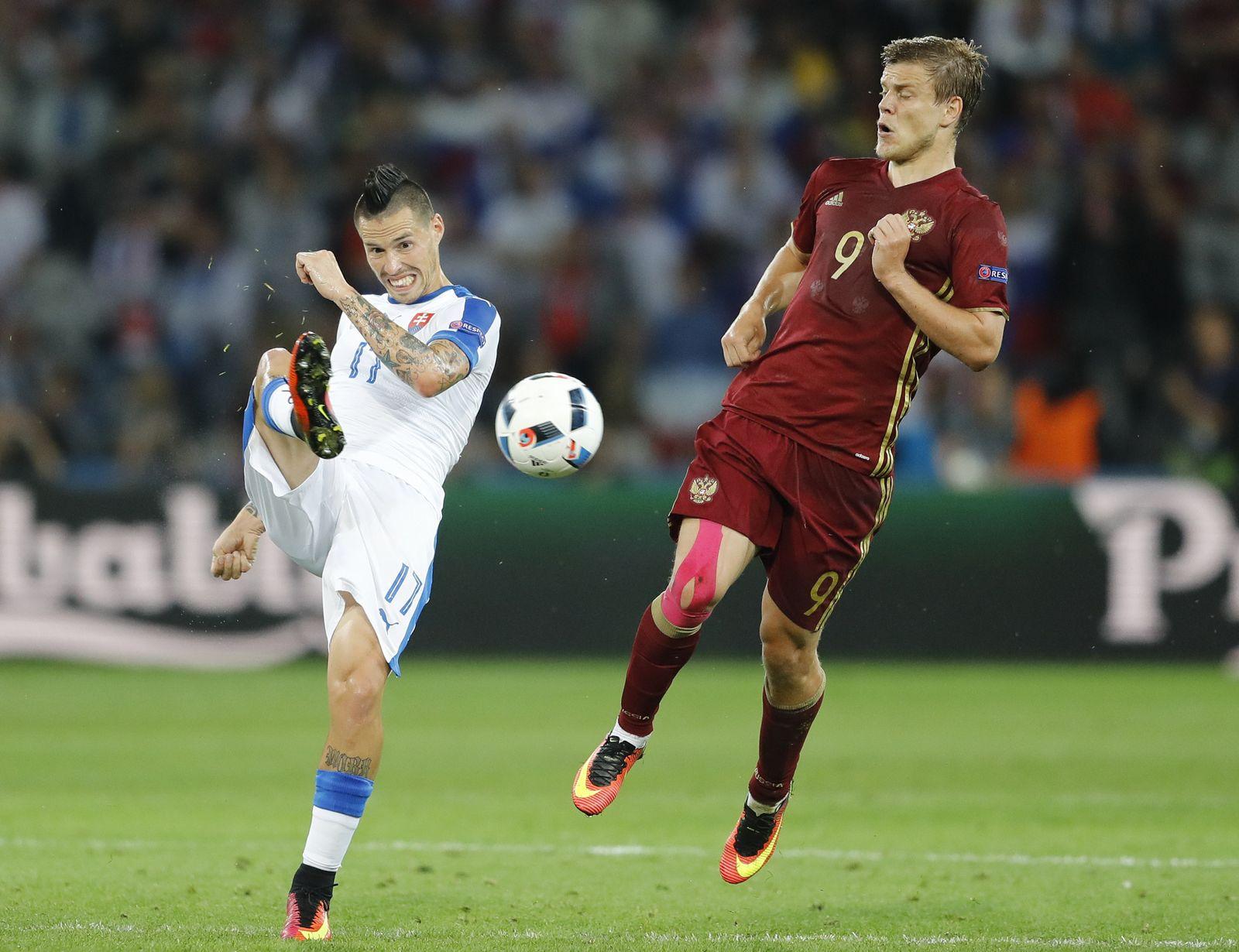 Soccer Euro 2016 Russia Slovakia