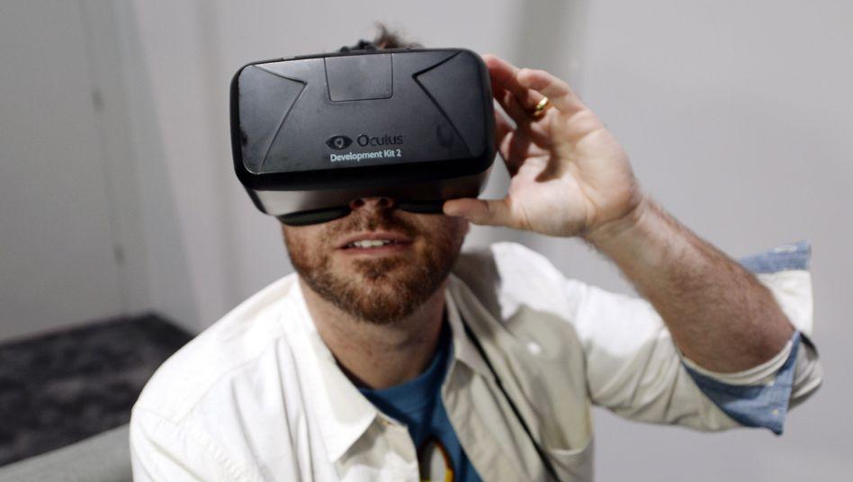 Entwickler mit Oculus-Rift-Brille: Kein Porno-Verbot für App-Entwickler