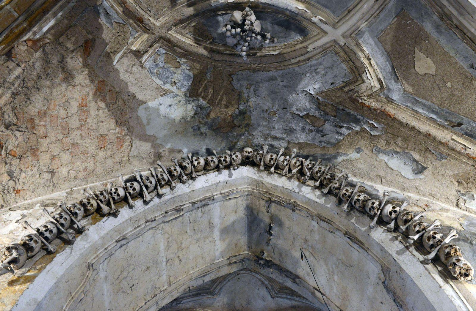 Kutná Hora / Knochenkirche
