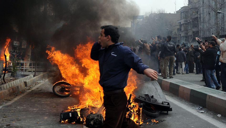 Die Opposition kämpft weiter (hier in Teheran am 27. Dezember): Angespannte Lage
