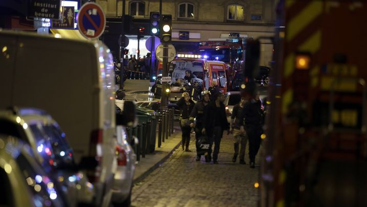 Fotostrecke: Explosionen und Schüsse in Paris - viele Tote