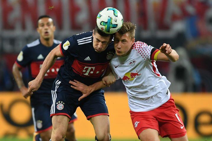 Bayerns Lewandowski gegen Leipzigs Orban