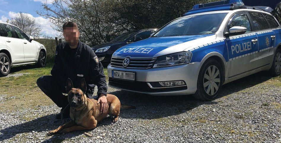Diensthundeführer Björn H. mit Ilvy: Tiefe Fleischwunden in Armen und Beinen des Opfers