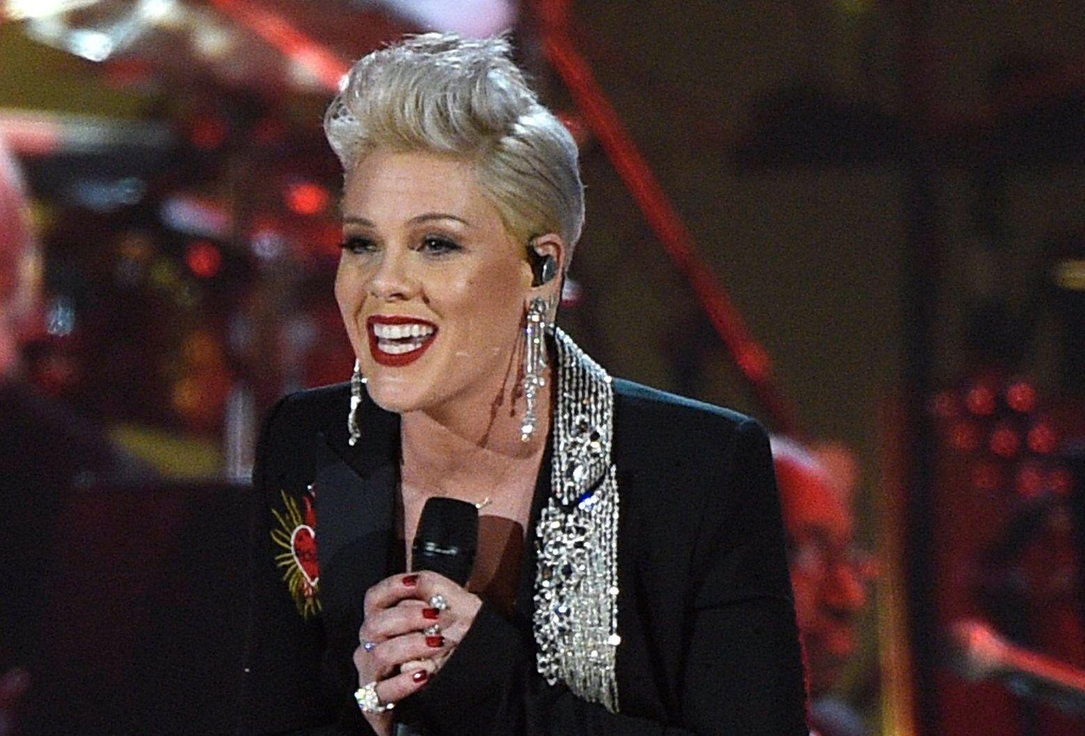 Sängerin Pink mit Coronavirus infiziert