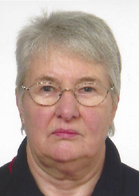 Vera Bestgen verlor 1943 bei einem Luftangriff auf Hamburg ihre Mutter, zwei Schwestern und ihren Großvater. Sie wurde Verlagskauffrau und später Schulsekretärin in Hamburg.