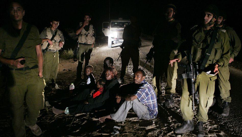 Illegale Einwanderer in Israel (Archivbild): Abschiebung in die Fremde
