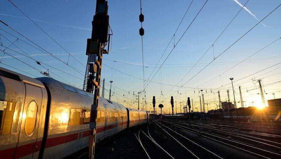 """Gleisanlagen in Frankfurt am Main: Neue Bahn-Streiks """"vorerst vom Tisch"""""""