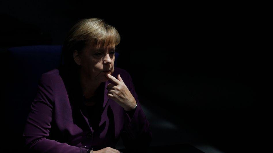 Kanzlerin Merkel: Bangen um die Mehrheit