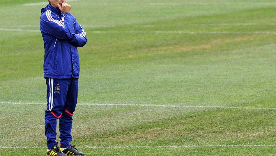 Trainer Domenech: Spielerstreik in der entscheidenden Begegnung?