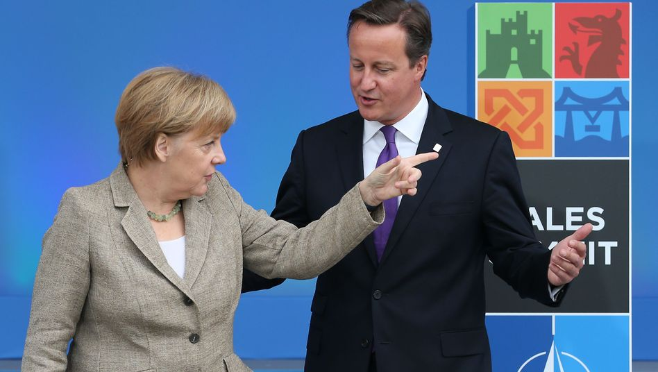 Merkel, Cameron (beim EU-Gipfel im Oktober 2014): Tiefe Kluft