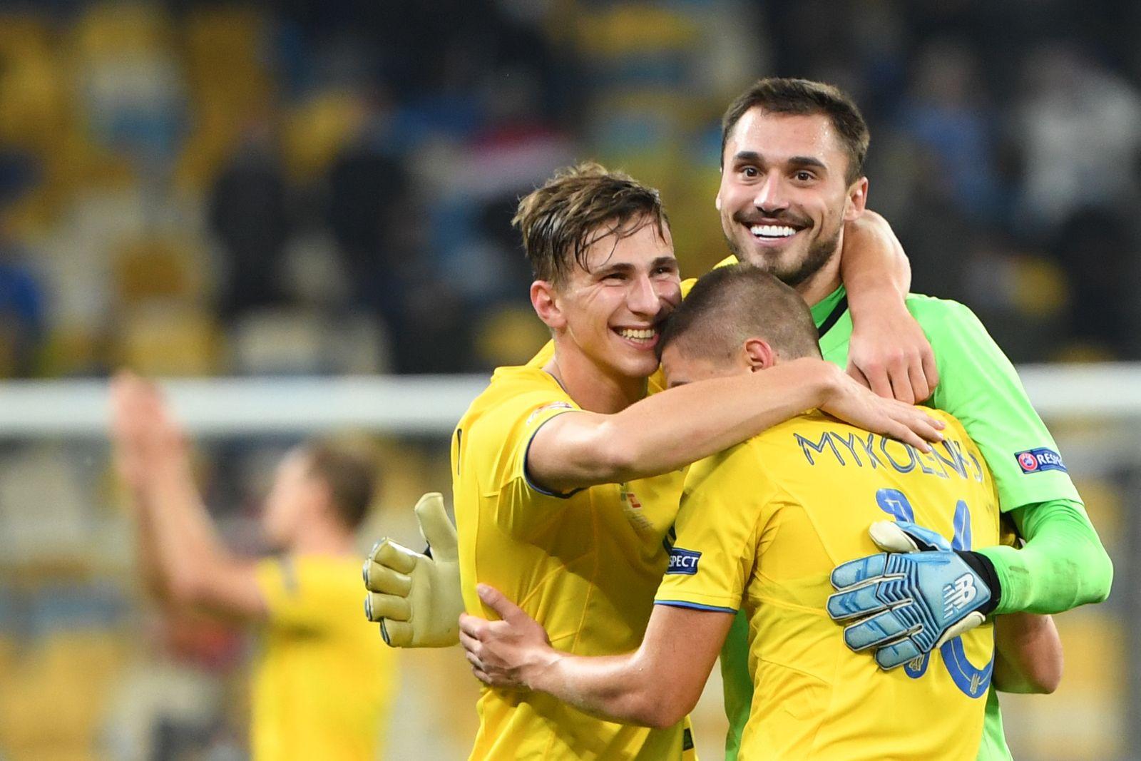 FBL-EUR-NATIONS-UKR-ESP