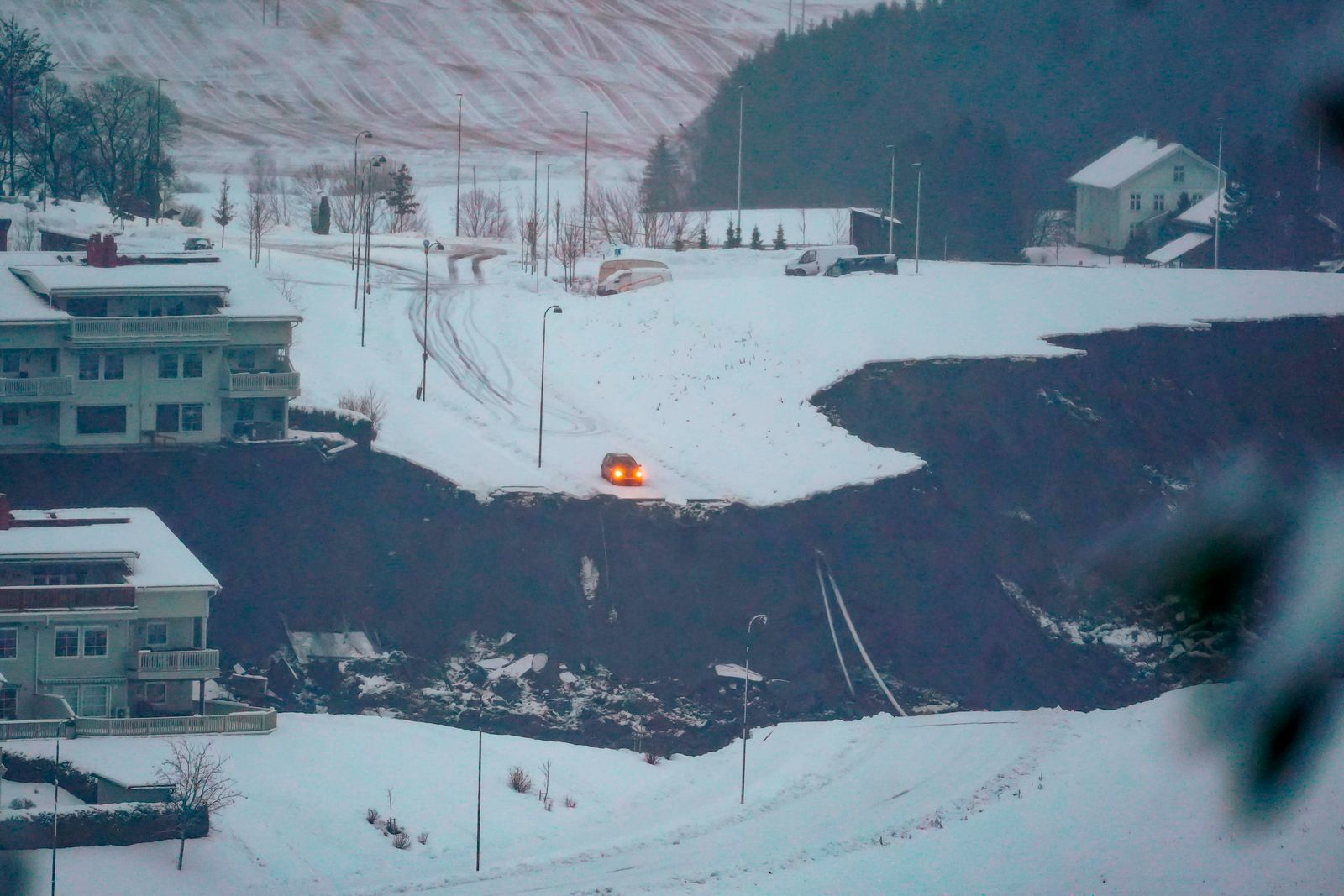 TOPSHOT-NORWAY-LANDSLIDE