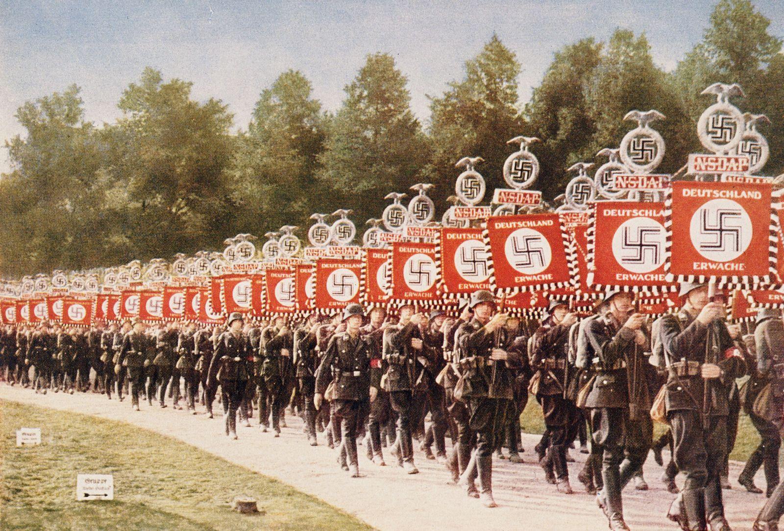 Nazis / Arbeiterfront