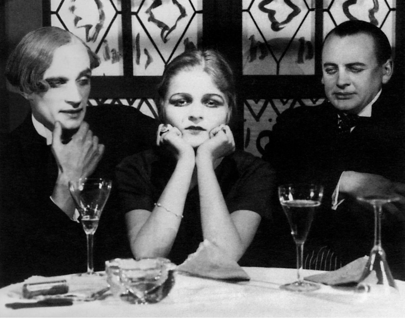 Anita Berber - Conrad Veidt, Anita Berber, Reinhold Schunzel Film: Eerie Tales (1926) 01 May 1919