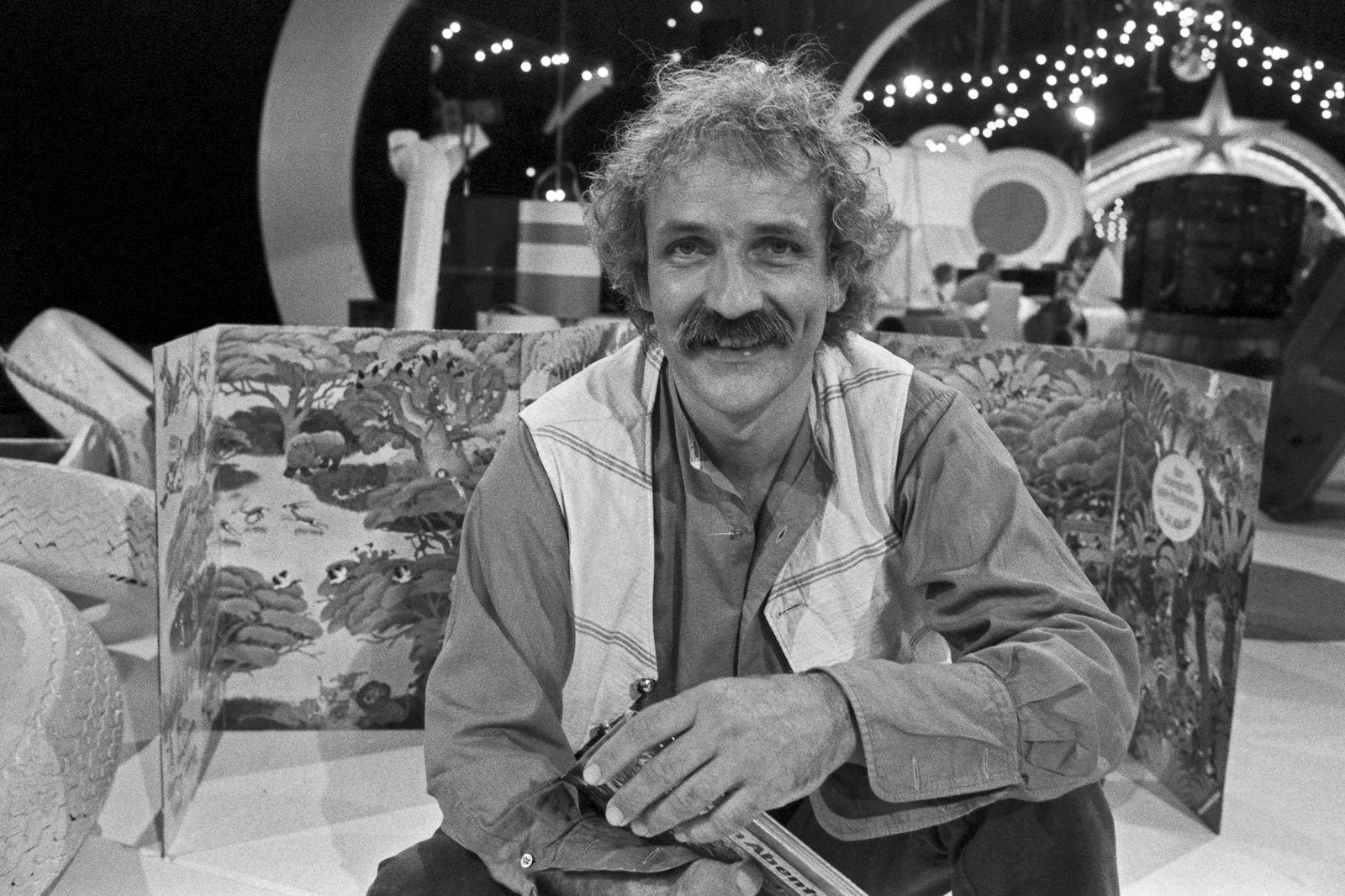 Die Spielbude Die Spielbude, Unterhaltungsserie, Deutschland 1982 - 1989, hier: Kinderbuchautor Alfons Ali Mitgutsch Co