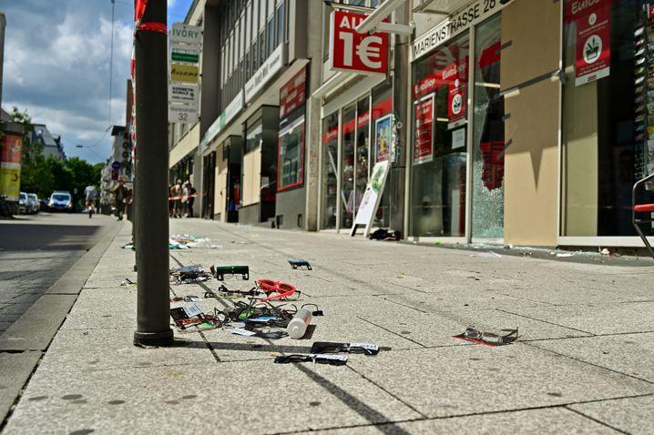 Tristesse nach der Krawallnacht in Stuttgart