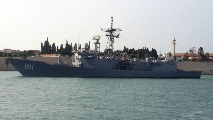 Ägyptische Fregatte im Suez-Kanal: Kairo plant Angriff vom Meer aus