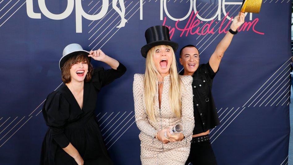 """Heidi Klum mit ihren Jury-Kollegen Milla Jovovich und Julien Macdonald: """"Eine der wichtigsten Challenges ihres ganzen Lebens"""""""