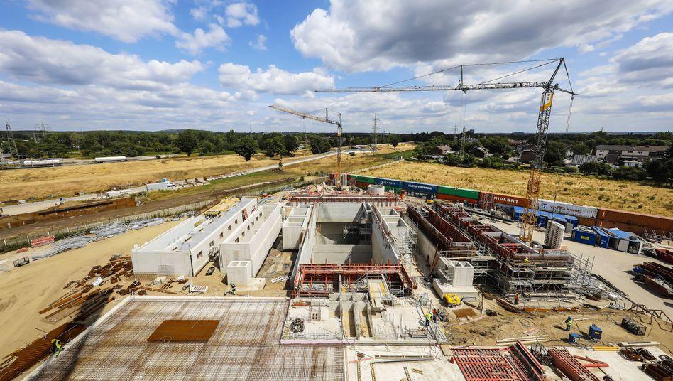 Baustelle für einen Abwasserkanal in Oberhausen