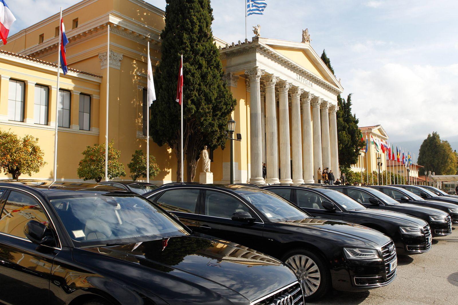 NICHT MEHR VERWENDEN! - Griechenland / Dienstwagen