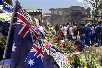 Australische Flaggen am Ort des Bali-Attentats: Demnächst Anschläge auch Down under?