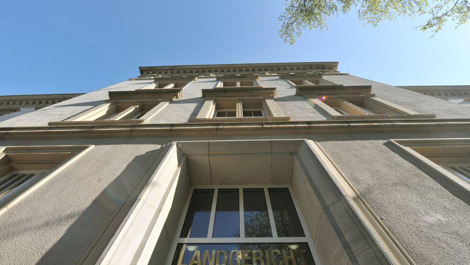 Landgericht Dortmund: Richter verurteilten Schüler wegen versuchten Mordes an Lehrer