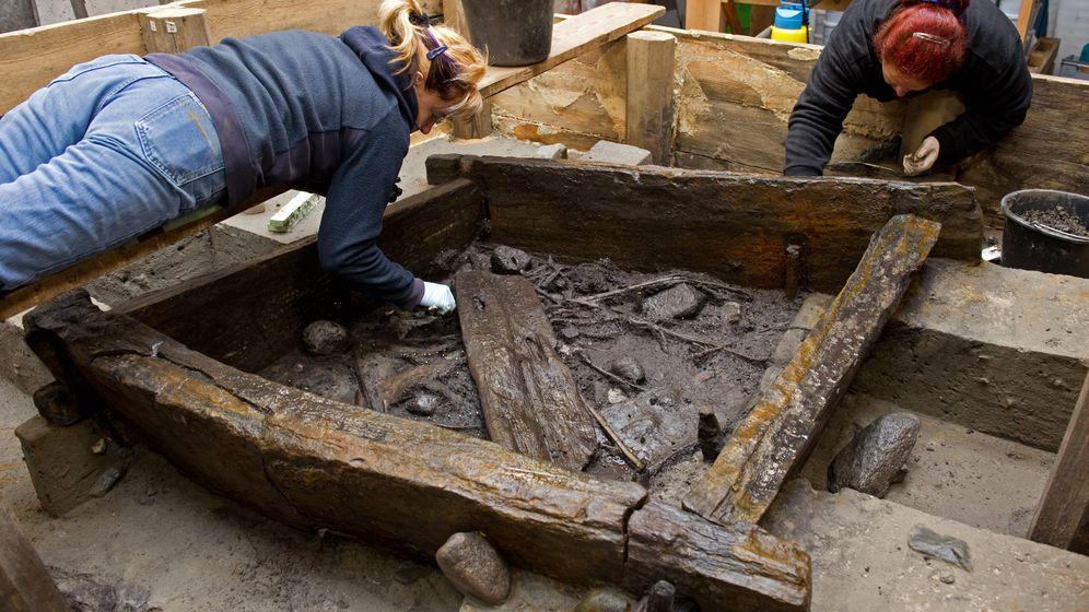 Archäologie: Das Geheimnis des Steinzeitbrunnens