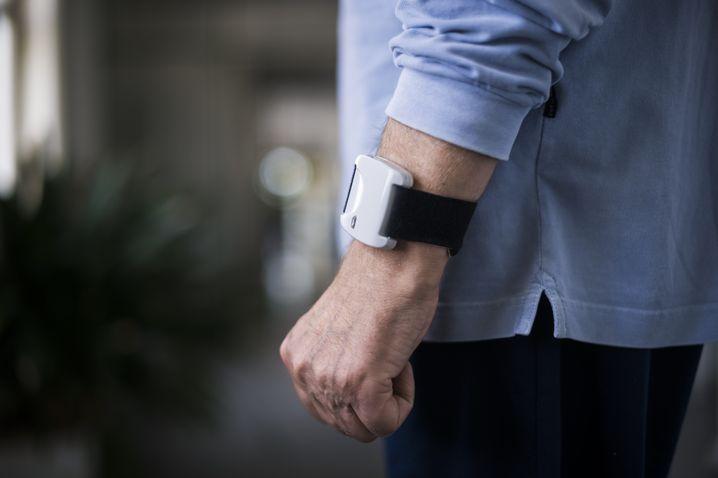 Messgerät zum Erfassen von Parkinson-relevanten Daten