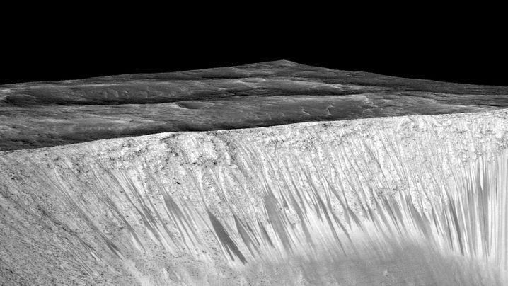 Verräterische Spuren: Fließend Wasser