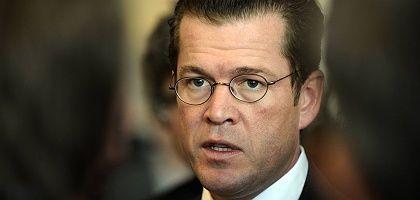 """Wirtschaftsminister Guttenberg: """"Liquidation führt zu Marktbereinigung"""""""