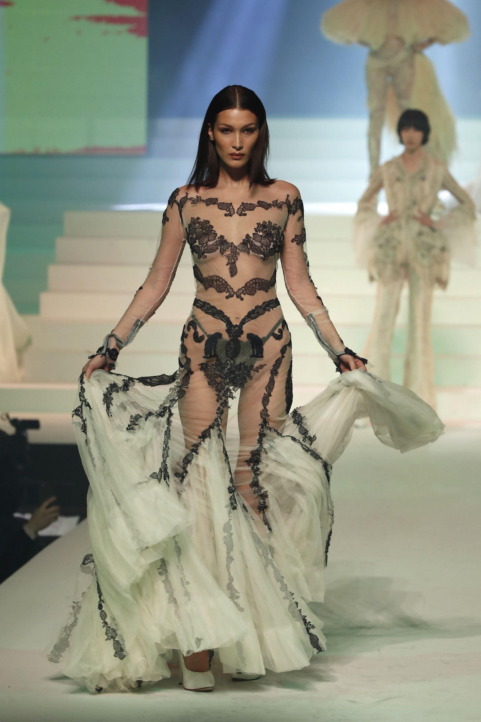 Haute-Couture-Show in Paris - Jean Paul Gaultier