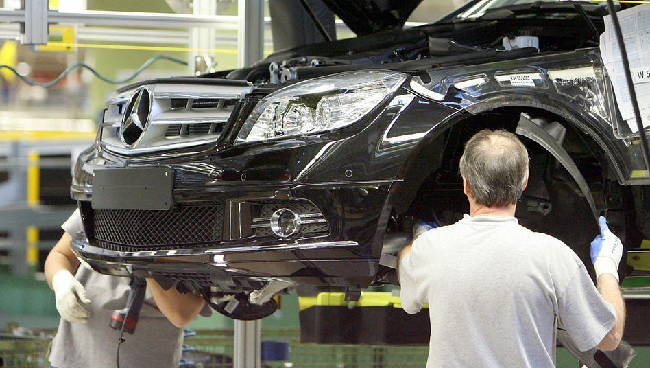 Daimler-Produktion: Einbrechende Aufträge, sinkende Umsätze und Renditen