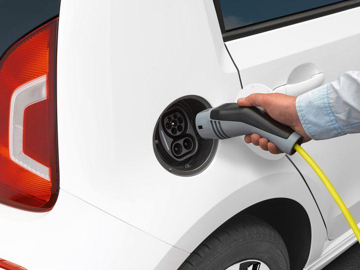 E-Auto: Autokauf von Stromern lohnt sich noch bis Ende 2015 besonders stark