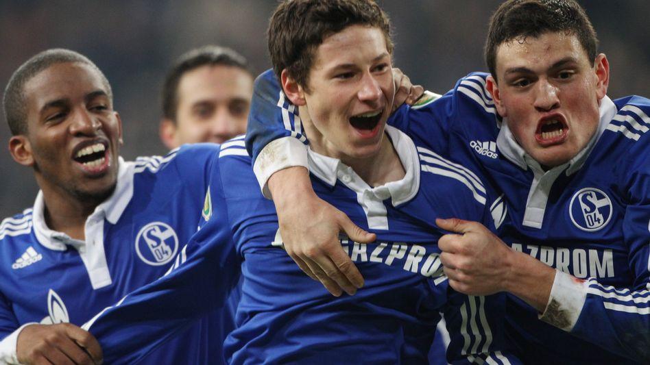 Schalke-Spieler Draxler: Zu später Stunde noch im Job