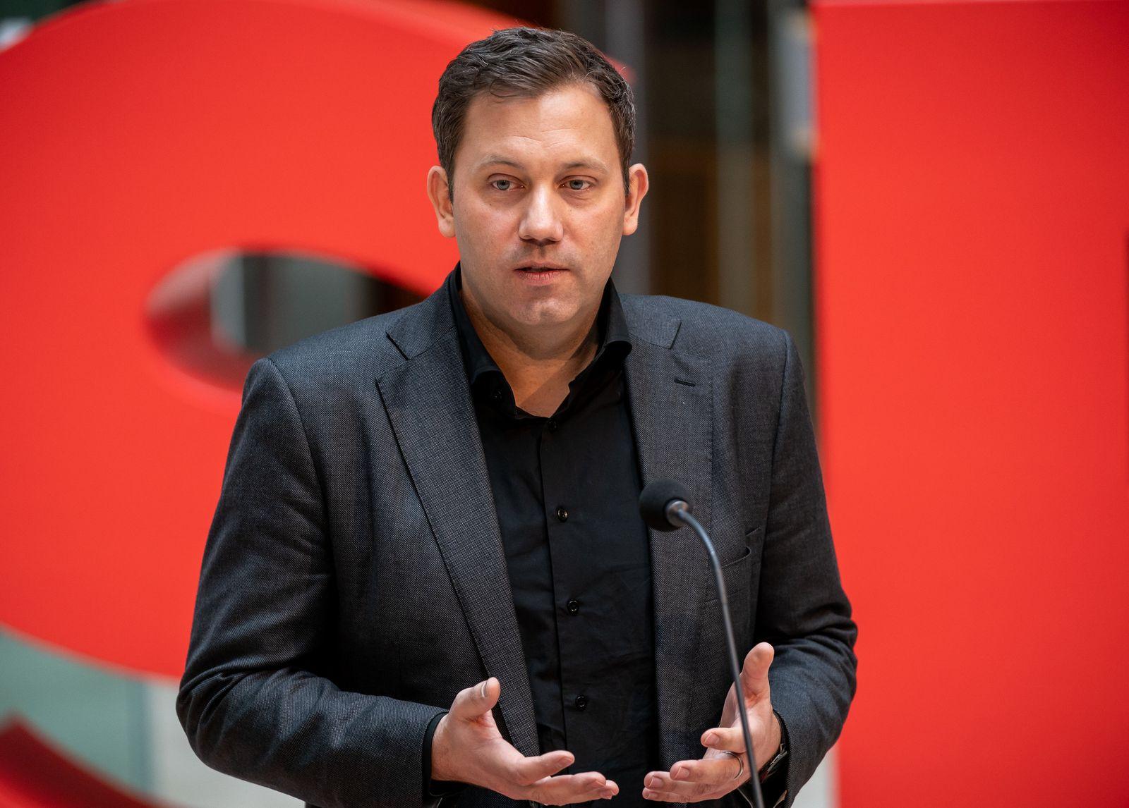 Klingbeil: Verfassungsschutz muss gegen AfD aktiv werden