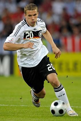 Stürmer Podolski: Gut überlegt