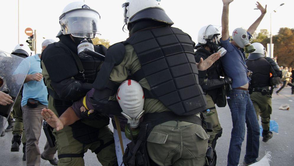 Thessaloniki: Tränengas gegen Leuchtpistolen