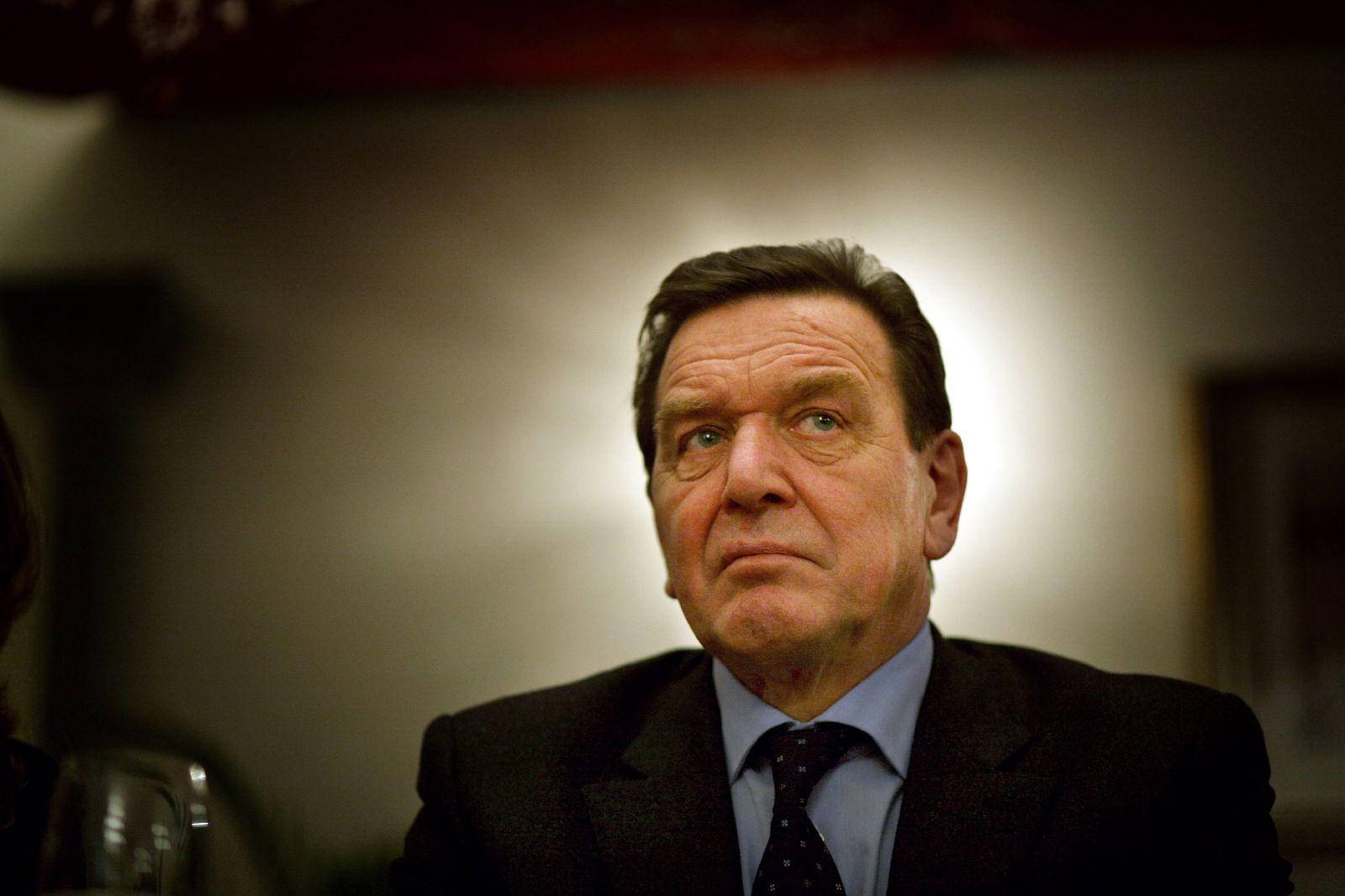 THEMEN Gerhard Schröder