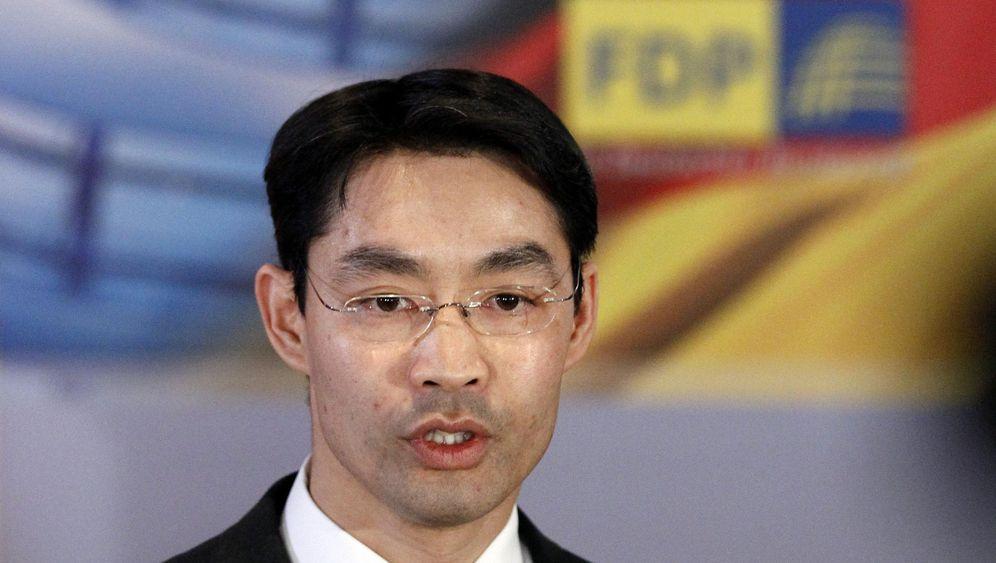 Photo Gallery: FDP Looks to Rösler for Fresh Start