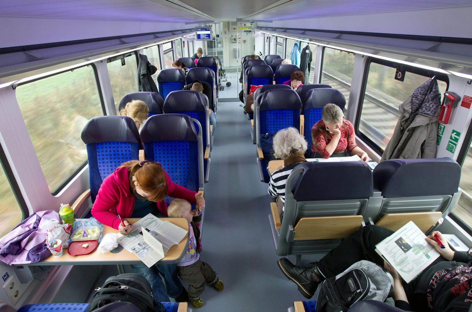Schöne Wochenende Ticket / Regionalbahn