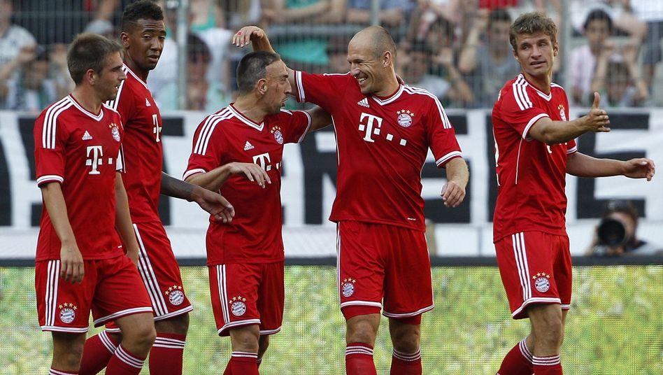 """Bayern-Stars Lahm, Boateng, Ribéry , Robben, Müller: Slogan """"nur eingeschränkt zu gebrauchen"""""""