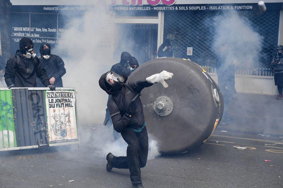 Tag der Arbeit: Weltweit Hunderttausende auf Mai-Demos - DER ...