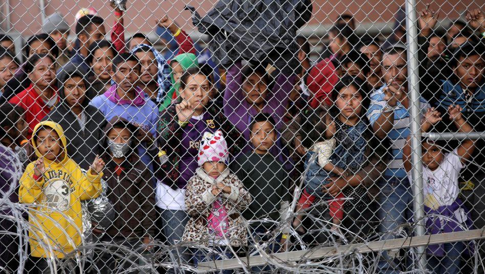 US-Auffanglager für Flüchtlinge an der mexikanischen Grenze an der US-Grenze