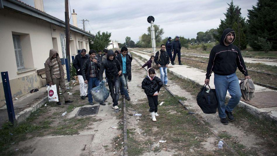 Flüchtlinge: Rund 300.000 Menschen sind illegal in Griechenland