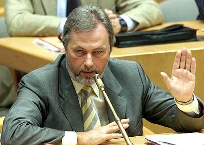 NRW-Innenminister Fritz Behrens (SPD): DNS-Test für alle Kleinkriminellen vom Ladendieb aufwärts
