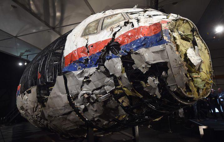 Rekonstruiertes Flugzeugwrack von Flug MH17: Alle 298 Insassen kamen ums Leben