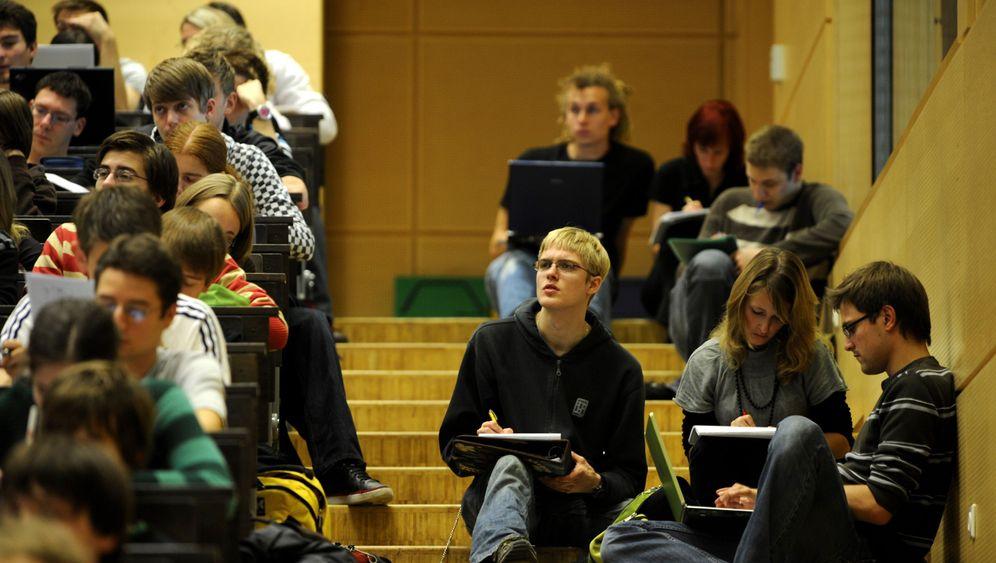 Massen-Uni? Muss nicht: Strategien gegen die Studentenwelle