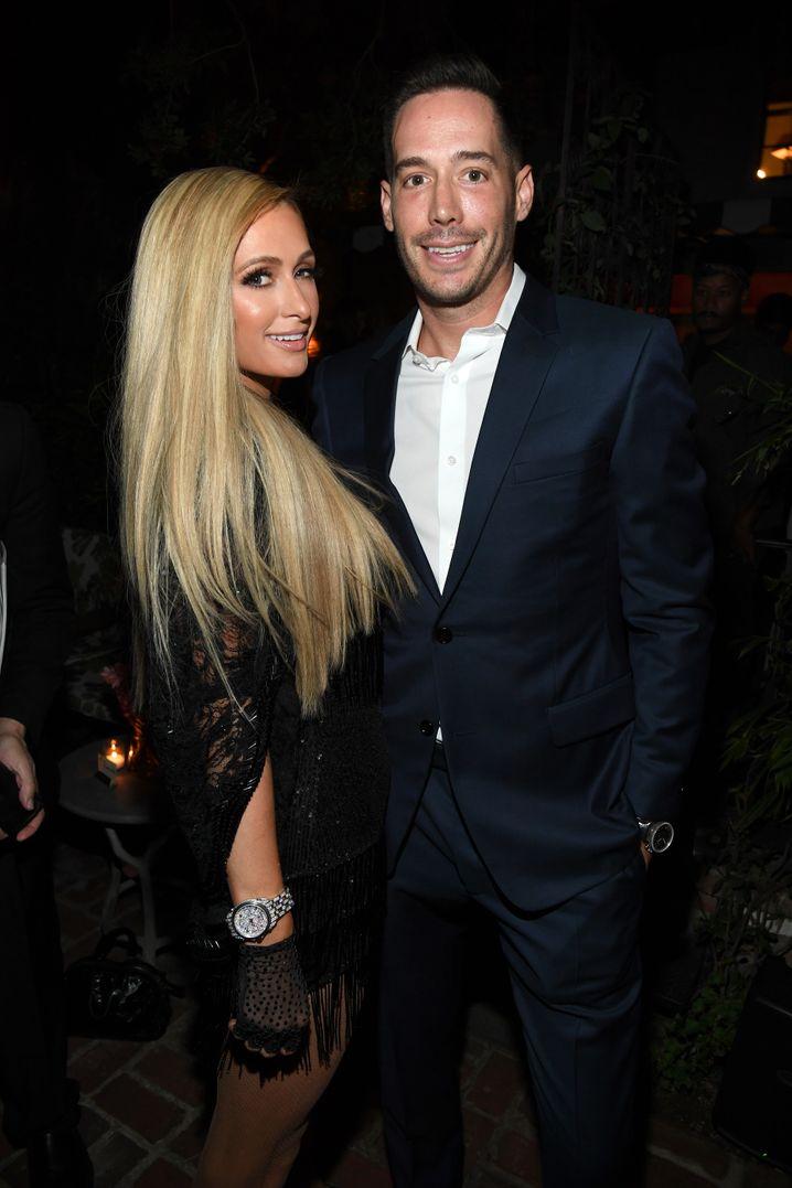 Paris Hilton mit ihrem Partner Carter Reum
