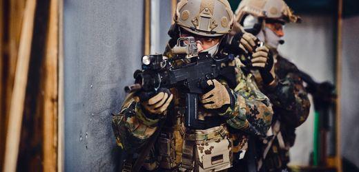 Bundeswehr-Einheit KSK: Luxus-Hotels und Fitnesszubehör aus der Kriegskasse